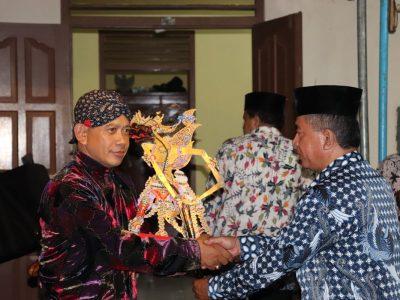 """Pagelaran Wayang Kulit """"Gatotkaca Neges"""" dengan Dalang Ki Heri Purwaka menghibur masyarakat Blantikan, Gadingsari, Sanden (16/03)"""