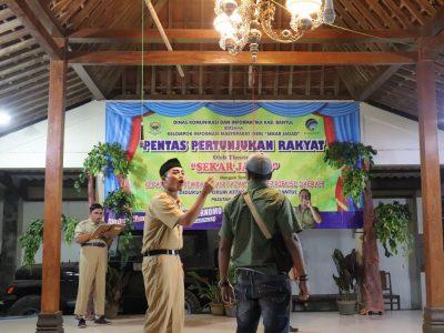 KIM Sekar Jagad, Dsn Pasutan, Trirenggo Bersama dengan Diskominfo Bantul Menggelar Pertunjukan Sandiwara di Pendapa Ngamarta (06/07)